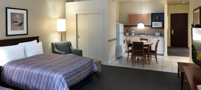 Review – Le Square Phillips Hotel and Suites Montreal, Canada